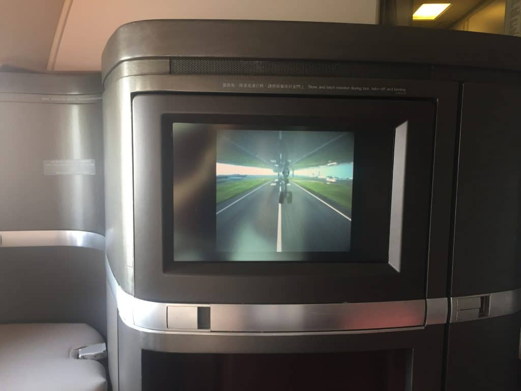 cathay pacific first class boeing 777 330er landeanflug 8