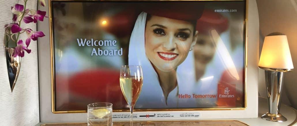 emirates first class a380 bildschirm 1