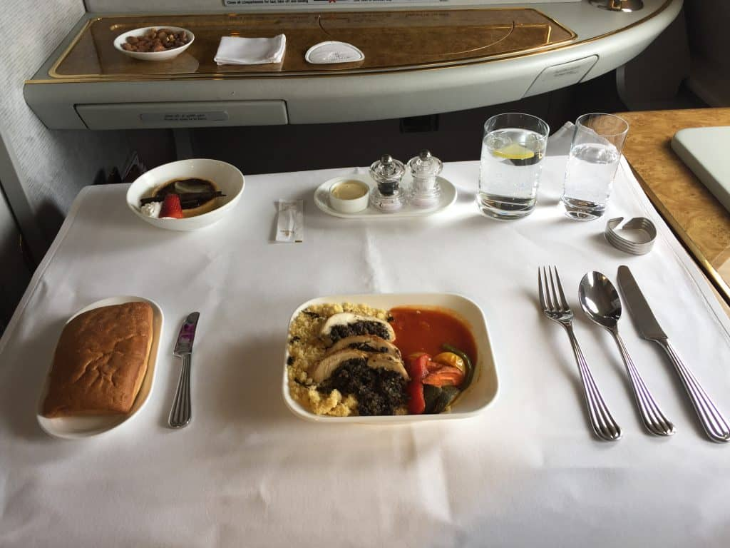 emirates first class a380 essen 2