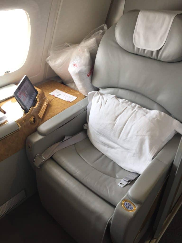 emirates first class a380 sitz 1 e1503743976982
