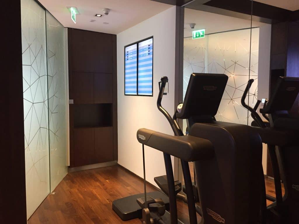 etihad first class lounge abu dhabi fitnessstudio 3