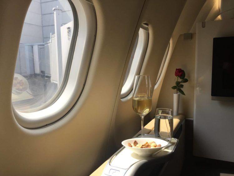lufthansa first class a330 champagner