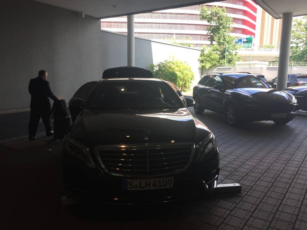 lufthansa first class limousinen service fuhrpark
