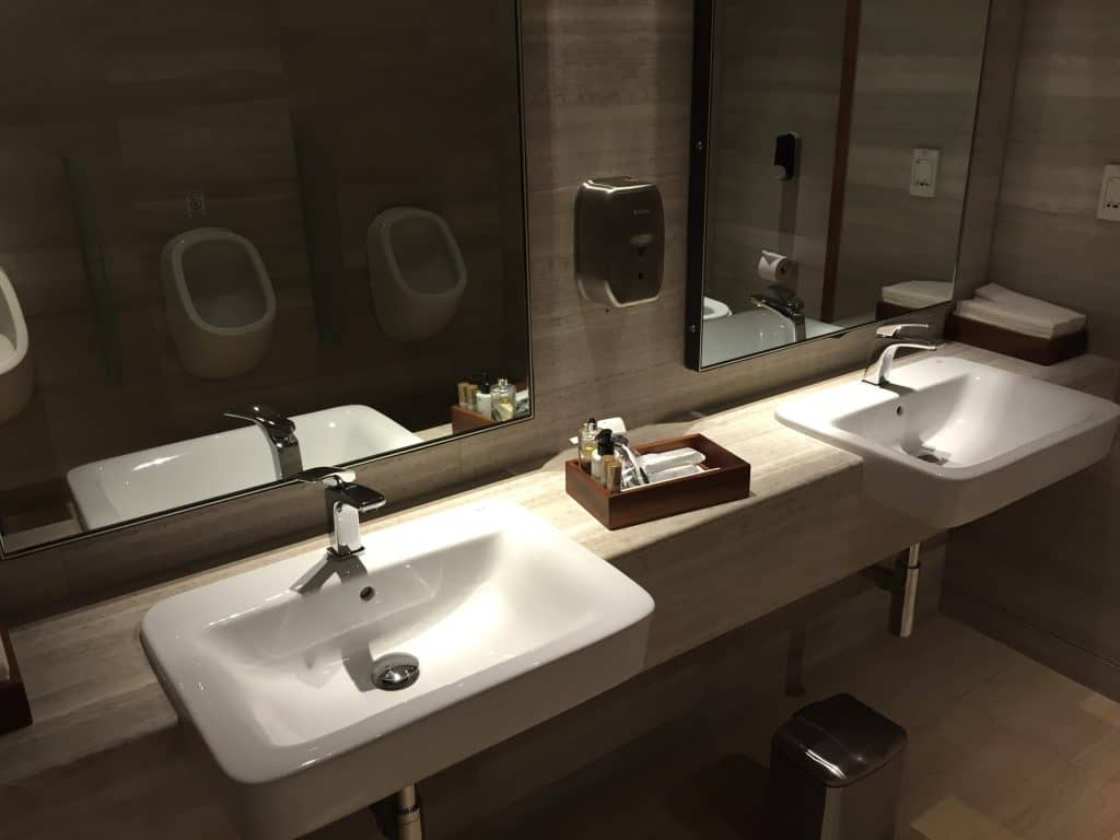 singapore airlines silverkris first class lounge sydney 11