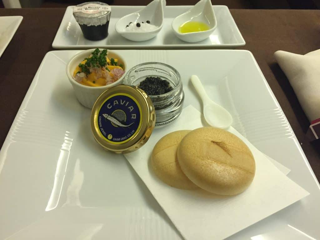japan airlines first class boeing 777 essen 3 kaviar