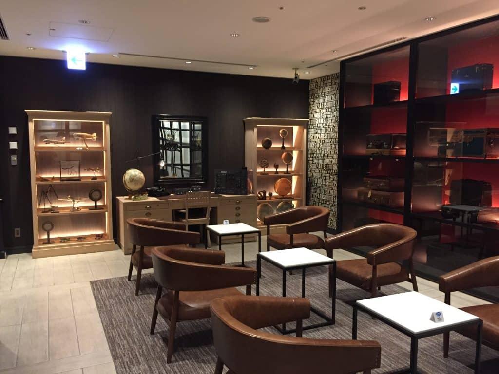 japan airlines first class lounge tokio haneda redsuite 3