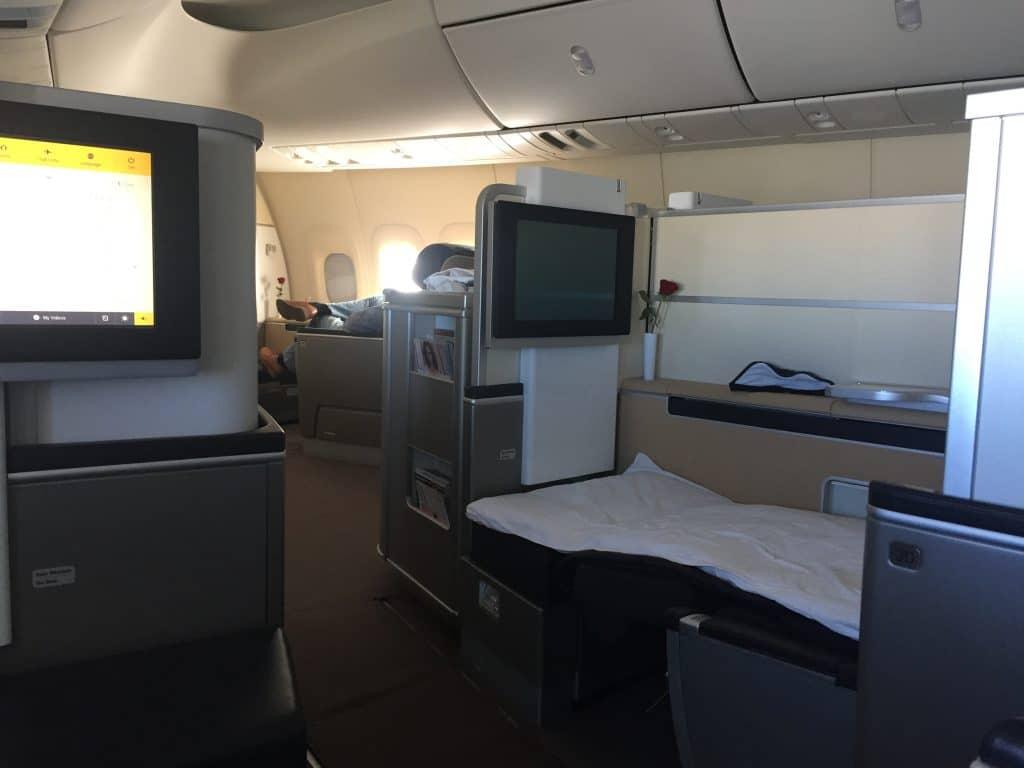 Lufthansa First Class Boeing 747-8 Bett