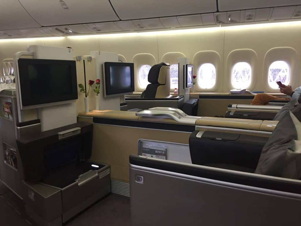 Lufthansa First Class Kabine an Bord der 747-8