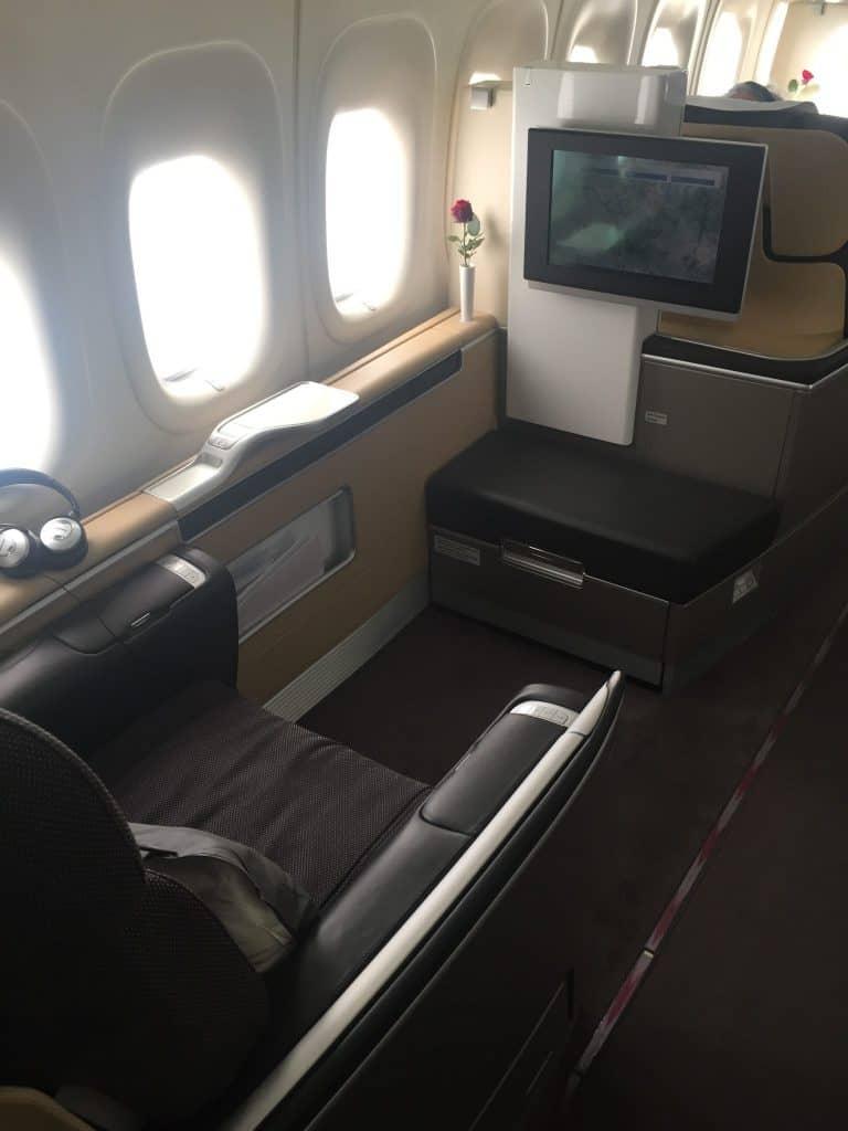 Lufthansa First Class Sitz an Bord der 747-8