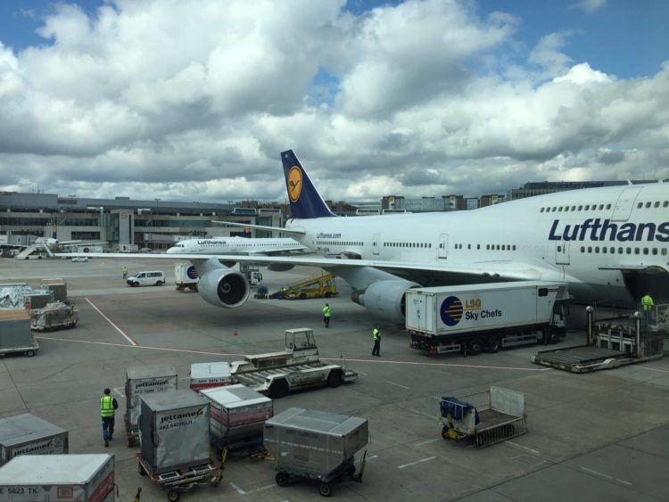 lufthansa boeing 747 frankfurt.jpg 2