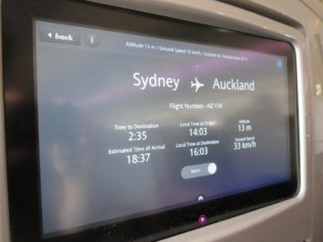 air new zealand business class boeing 777 200 entertainment flightshow 1