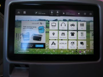 air new zealand business class boeing 777 200 entertainment monitor 2