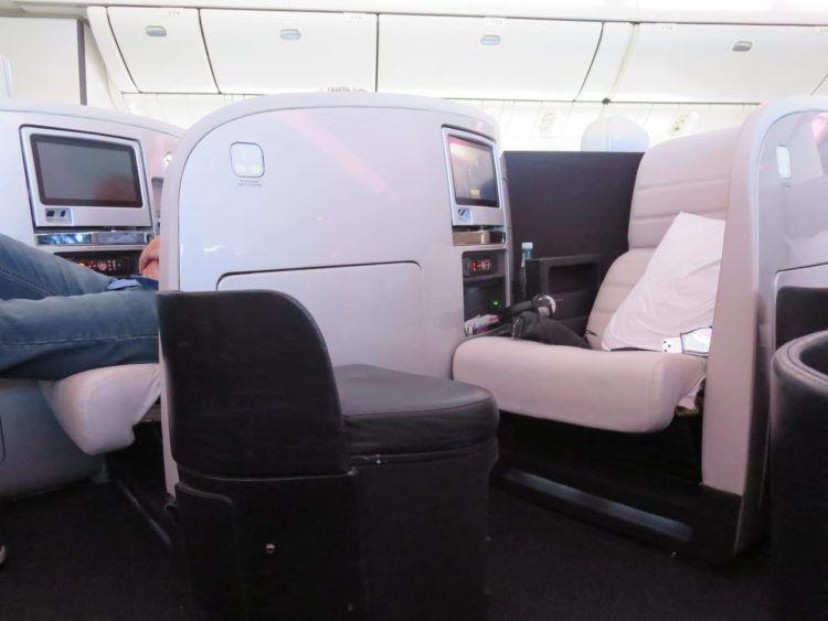 air new zealand business class boeing 777 200 sitz 3