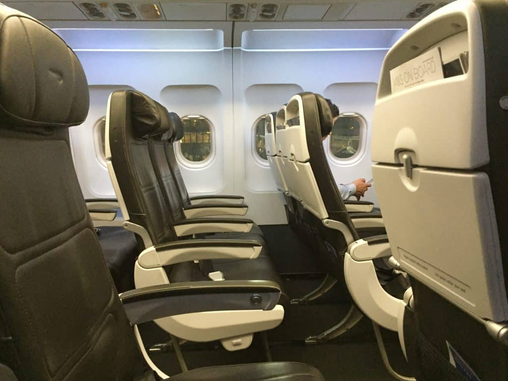 british airways a319 economy class 2