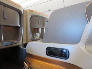 singapore airlines business class a350 sitz trennwand