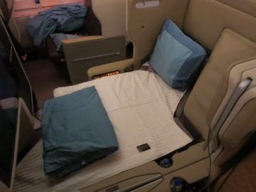 singapore airlines business class a380 bett 1