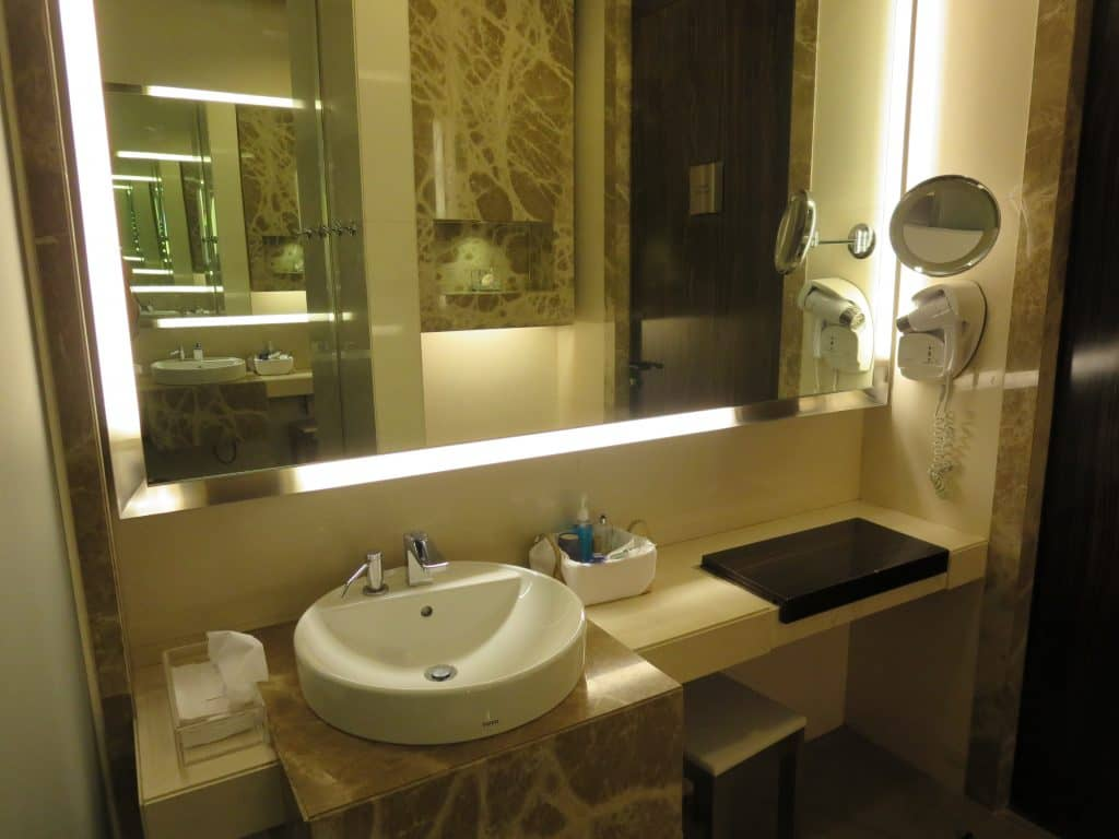 singapore airlines private room dusche 1