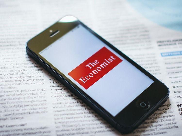 Economist Smartphone Pixabay