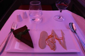 qatar airways business class a350 chocolate torte