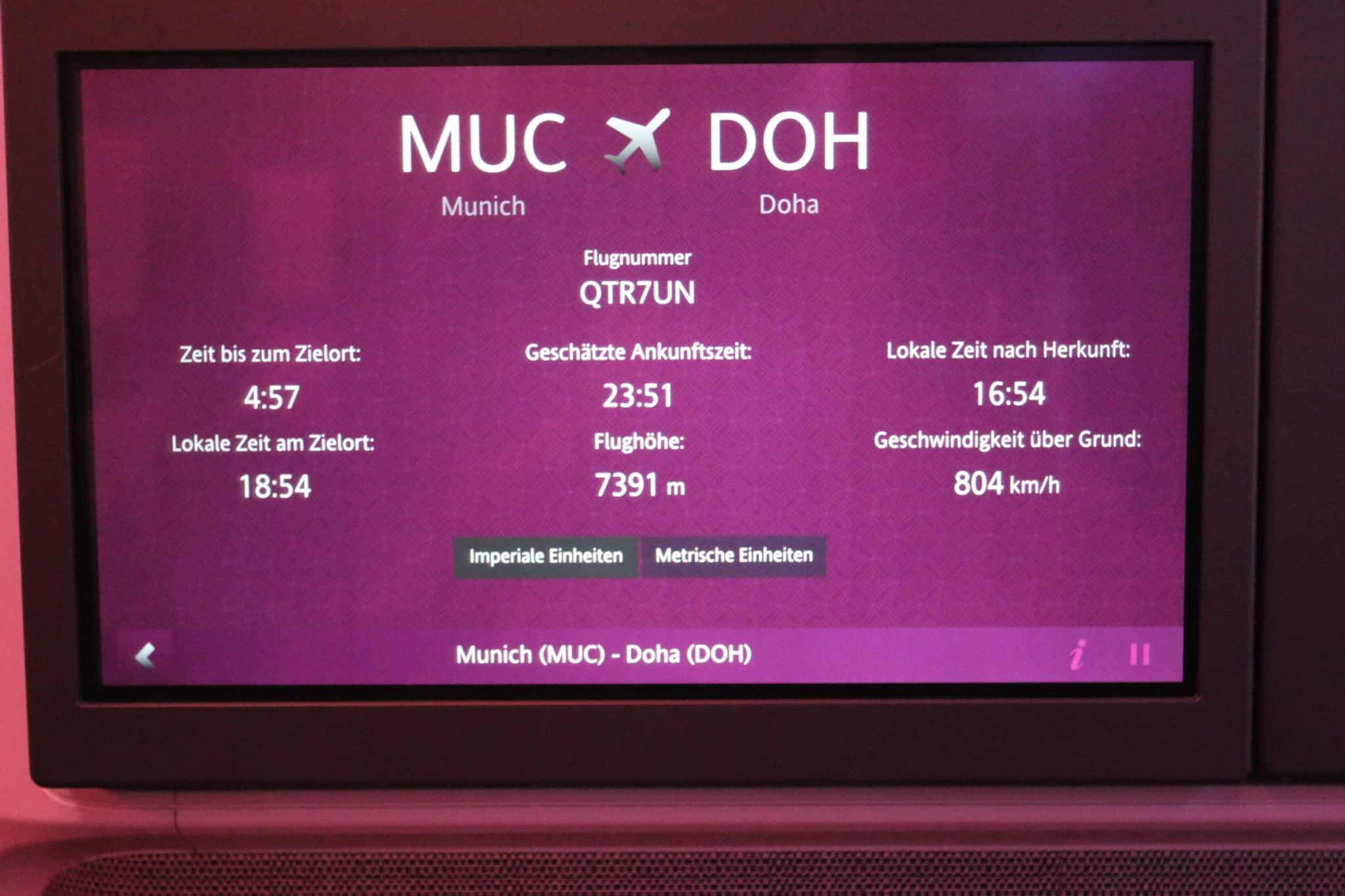qatar airways business class a350 inflight informationsystem