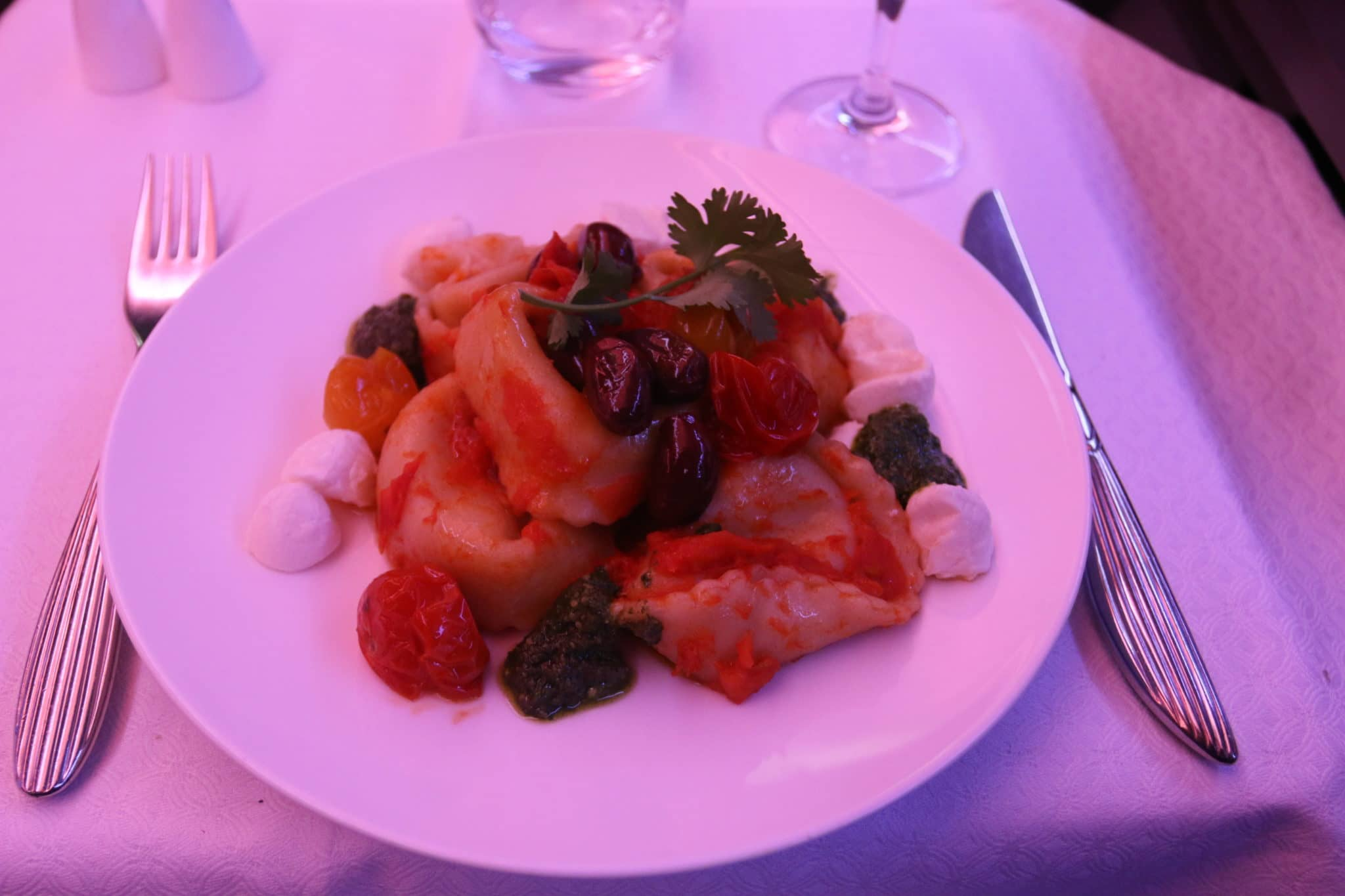 qatar airways business class a350 pasta