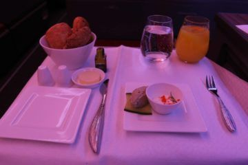 qatar airways business class a350 vorspeise brot
