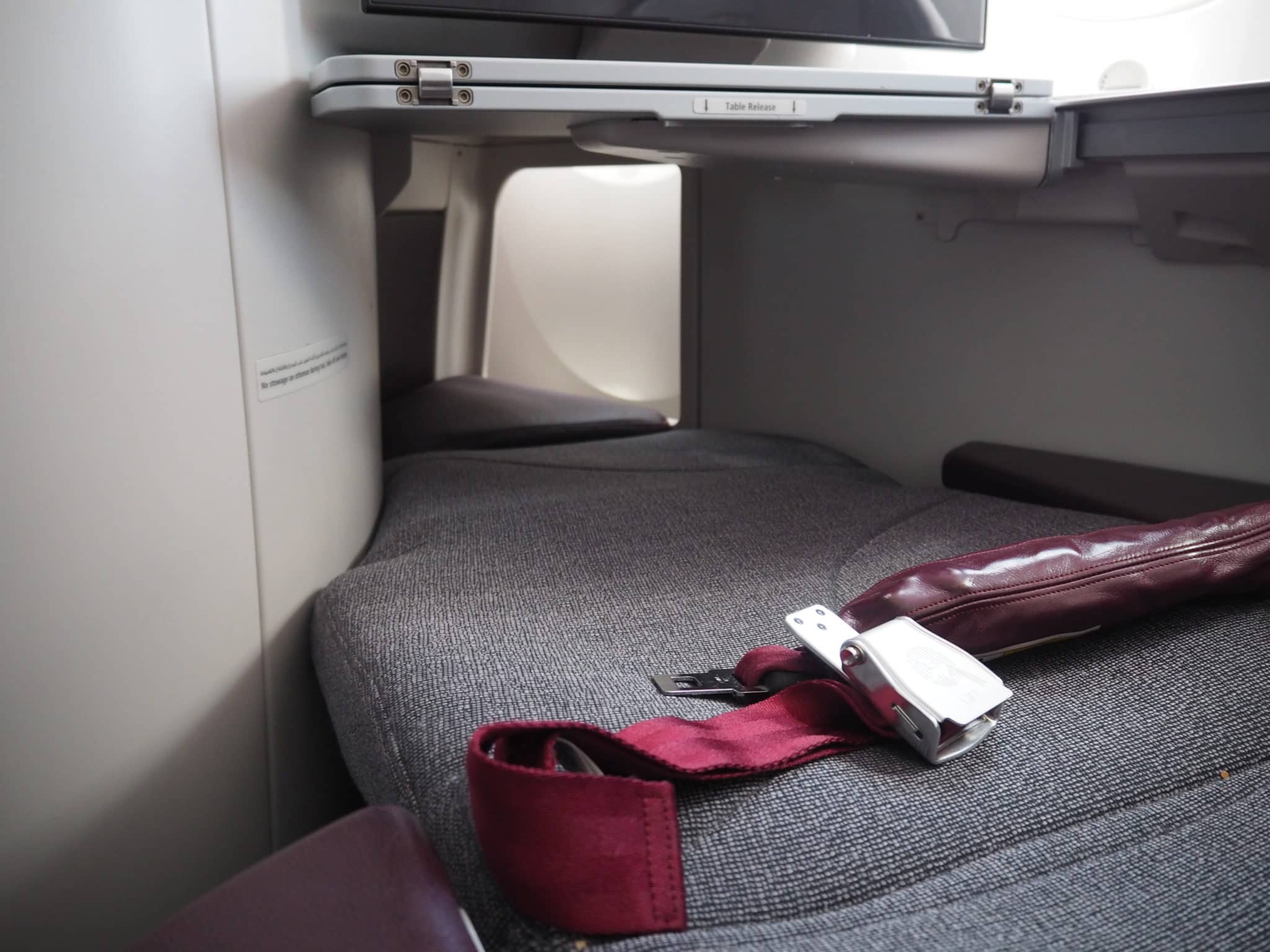 qatar airways business class b787 8 sitz lieflat 2