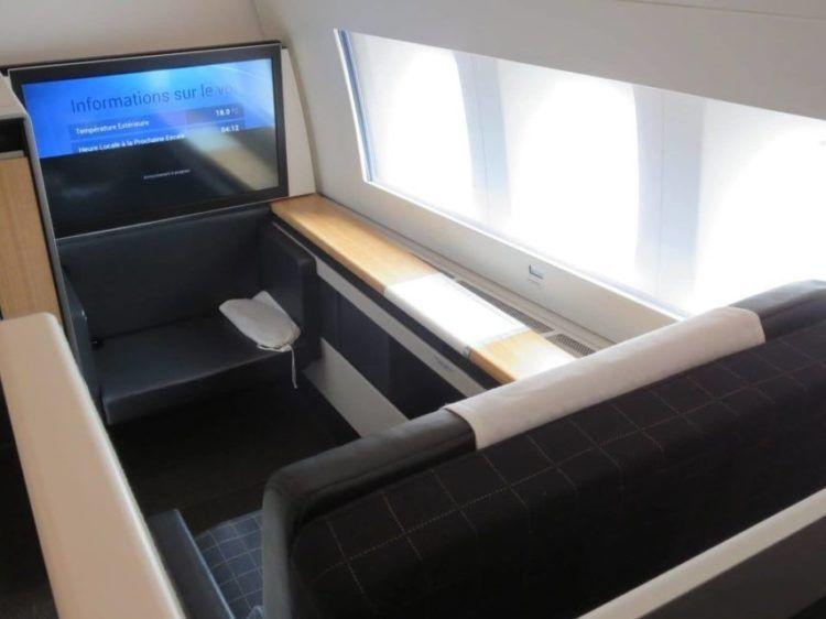 Swiss First Class Boeing 777 300er Sitz 4 1140x641