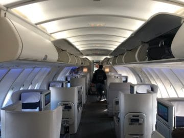 british airways business class boeing 747 kabine upper deck