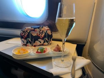 british airways first class boeing 777 canapes