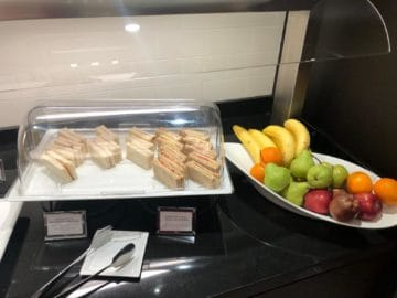 british airways lounge singapore sandwiches