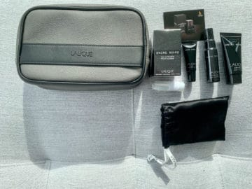 singapore airlines suites class 380 800 amenity kit 4