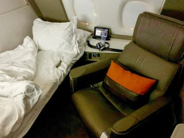 singapore airlines suites class 380 800 bett 3