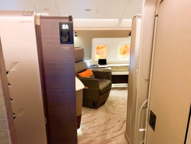 singapore airlines suites class 380 800 suite 2