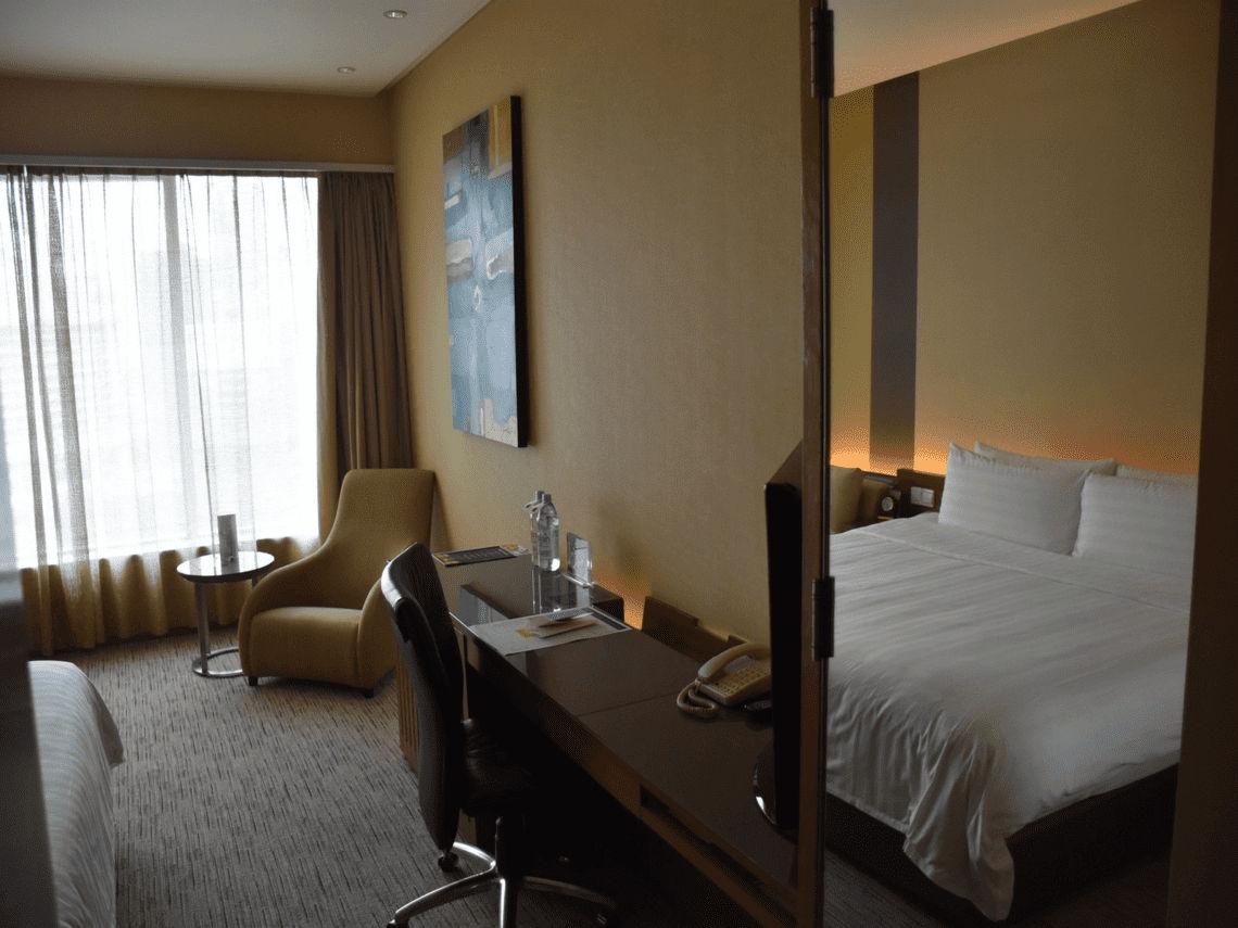 Traders Hotel Kuala Lumpur Club Room Eingang
