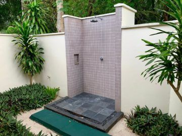 hilton seychelles labriz beach villa dusche aussen