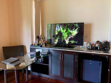 hilton seychelles labriz beach villa fernseher