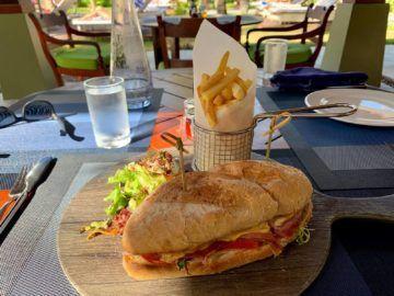 hilton seychelles labriz lo brizan bar sandwich