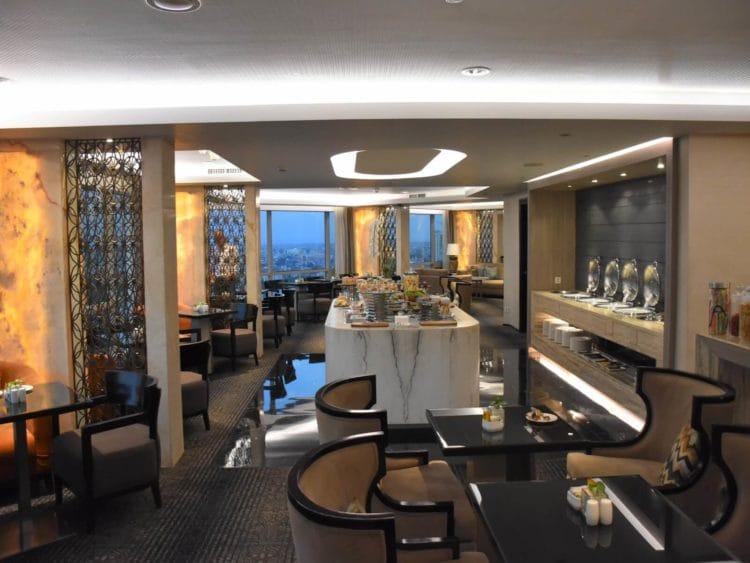 jw marriott surabaya lounge dinner