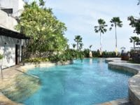 jw marriott surabaya pool