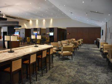 malaysia airlines golden lounge kuala lumpur satellit arbeitsbereiche