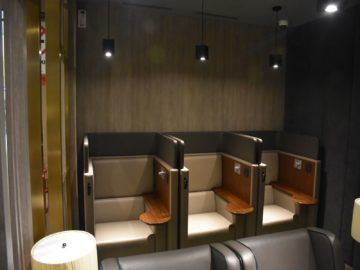 plaza premium lounge langkawi arbeitsbereiche