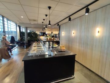 sas business lounge oslo buffet hinten