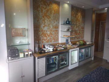 sheraton imperial kuala lumpur lounge fruehstuecksbuffet