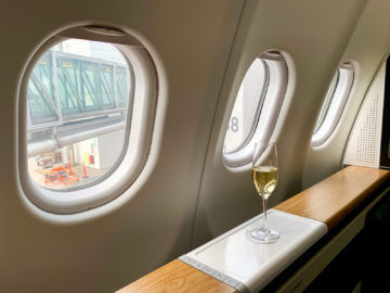 swiss first class a340 300 predeparture drink 3