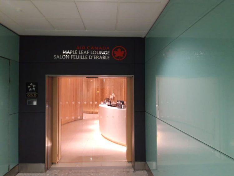 Air Canada Maple Leaf Lounge London Eingang