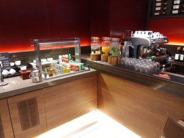 Air Canada Maple Leaf Lounge London Getraenke