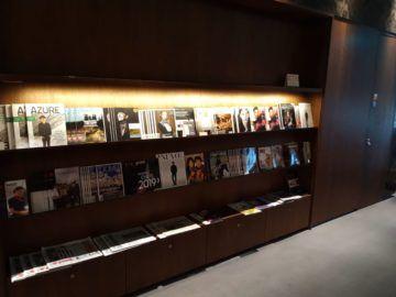 Air Canada Maple Leaf Lounge London Zeitschriften