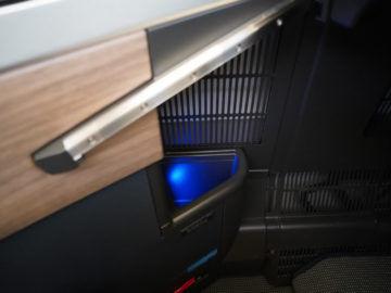 british airways business class a350 1000 staufach wasser