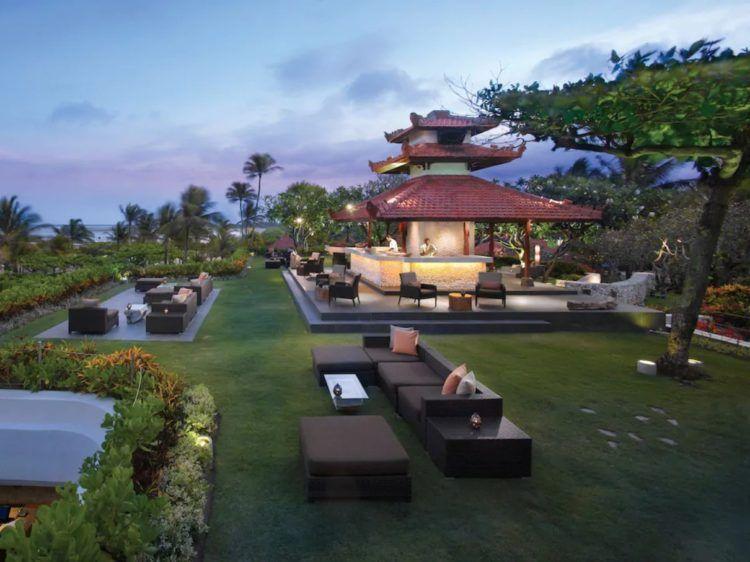 Grand Hyatt Bali Salsa Bar